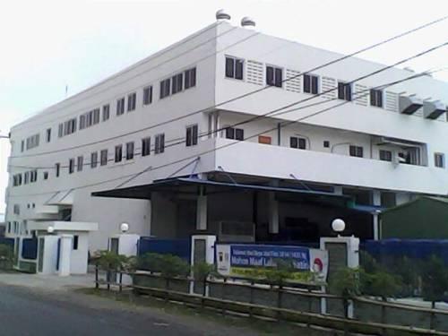 Gedung eksportir Sidat dijalan Pelita Patuguran Palabuhanratu selain tidak memiliki plang nama juga disorot