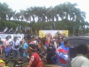 Ratusan crosser yang mengikuti event Ngagas Bareng  bumi pakidulan oleh Padas Palabuhanratu