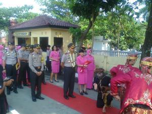Kapolda Jabar  Irjen Pol Moechgiyarto saat mengunjungi Mako Polres Sukabumi