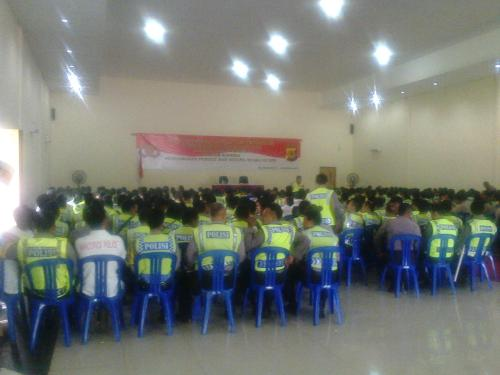 Polres Sukabumi kumpulkan petugas yang akan melaksanakan PAM TPS diwilayah hukum Polres Sukabumi (Photo : Palabuhanratu Online)