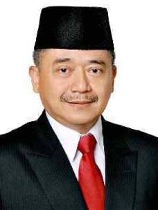 IYOS SOMANTRI Sekretaris Daerah Kabupaten Sukabumi