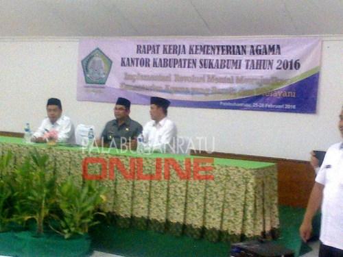 Kementrian agama Kabupaten sukabumi melaksanakan rapat kerja tahunan yang dibuka langsung wakil Bupati Adjo Sardjono (Photo : Palabuhanratu Online)