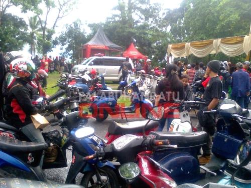 Ratusan anggota club Vespa hadiri anniversary ke 14 Palabuhanratu Vespa Club. Foto : Palabuhanratu Online