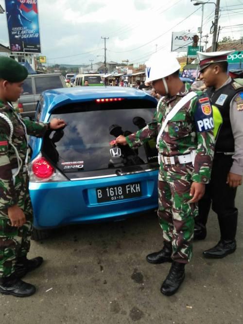 Penertiban atribut TNI - Polri yang dipasang di kendaraan bermotor @Satlantas Polres Sukabumi
